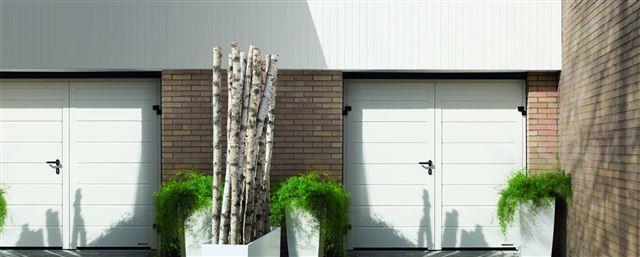 openslaande-garagedeuren-hormann-voortman-deuren-specialist